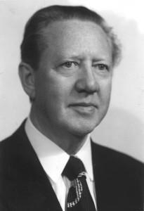 Gunnar Thoroddsen, formaður SUS 1940 – 1943. Síðar forsætisráðherra (1980).